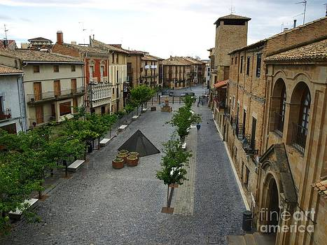 Plaza Carlos III by Alfredo Rodriguez
