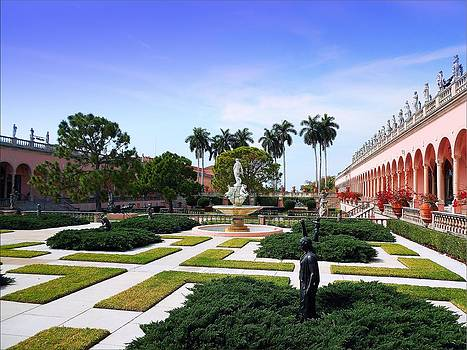 Plaza In Florida 02 by Janet G T