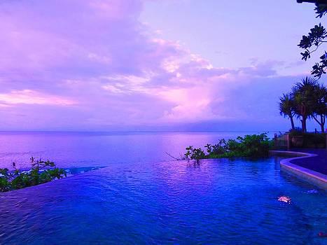 Xafira Mendonsa - Purple Sky