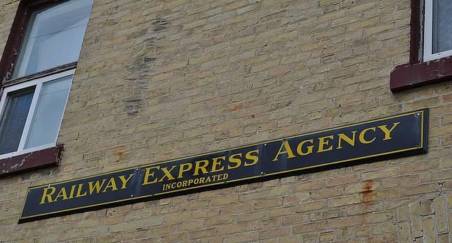 Daryl Macintyre - Railway Express