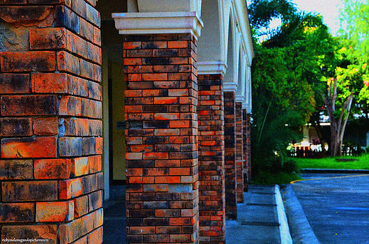 Red Bricks by Enrique Rueda