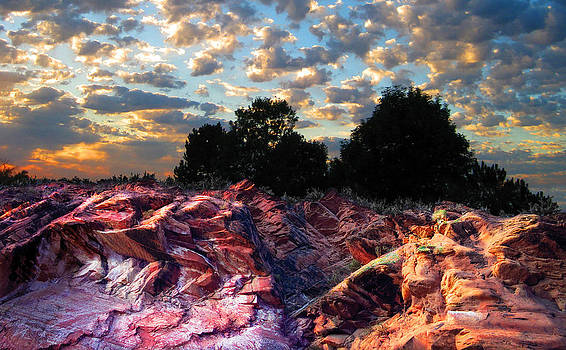 Red Cliff Sunset by Ric Soulen