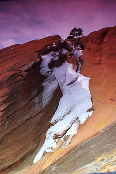 Red Rocks Snow Falls by Mike Kim