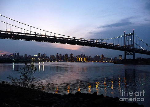 Anna  Duyunova - Reflections of New York. Evening in Queens