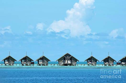Sami Sarkis - Resort bungalows over sea