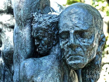Gregory Dyer - Reykjavik Iceland statue - 03