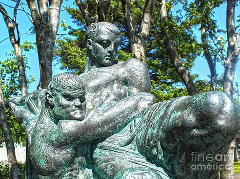 Gregory Dyer - Reykjavik Iceland statue - 04