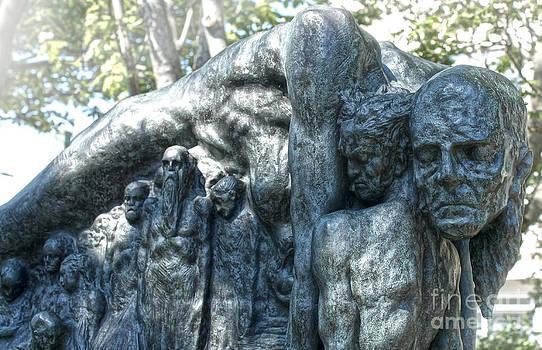 Gregory Dyer - Reykjavik Iceland statue - 10