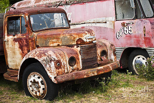 Rusty Commer  by David Lade