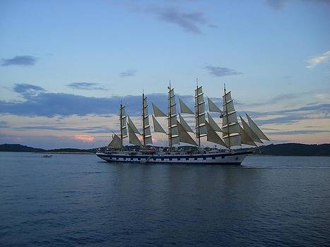 Sailboat by Ivana Smiljanec