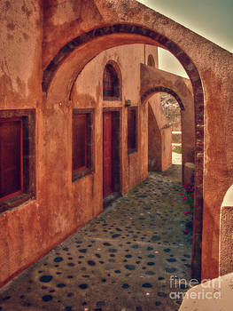 Sandra Bronstein - Santorini Courtyard