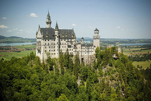 Schloss Neuschwanstein by Jen Morrison