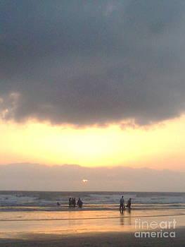 Sea shore sunset by Bgi Gadgil