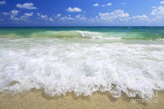 Sea wave on the beach Koh Sa-Med Thailand by Pornsak Na nakorn