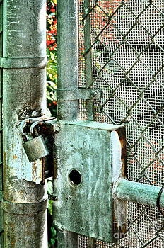 Gwyn Newcombe - Secure