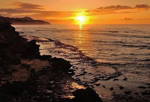 Shipwrecks Sunrise by Jose Diogo
