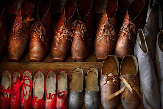 Mike Savad - Shoemaker - Shoes worn in life