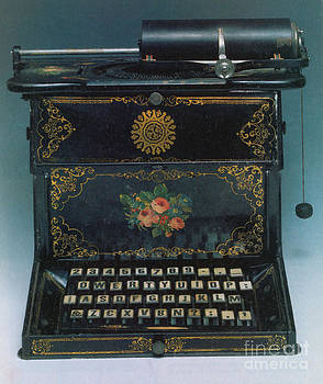 Science Source - Sholes And Glidden Typewriter