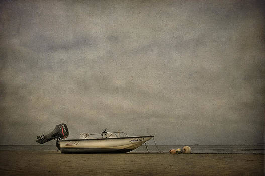 Evelina Kremsdorf - Shores Where Time Stands Still