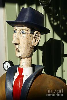 John  Mitchell - SKINNY MAN CARVING
