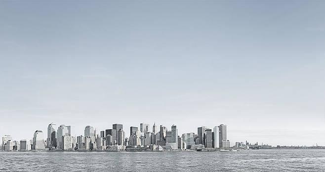 Skyline by Gregor Schuster