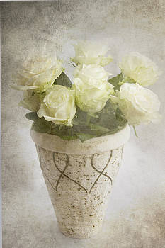Softly wispering I love you by Taschja Hattingh