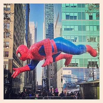 Spider-man. #nyc #macysparade with by John De Guzman