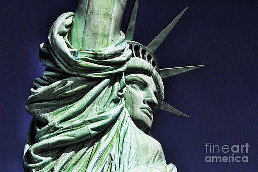 Chuck Kuhn - Statue of Liberty VII