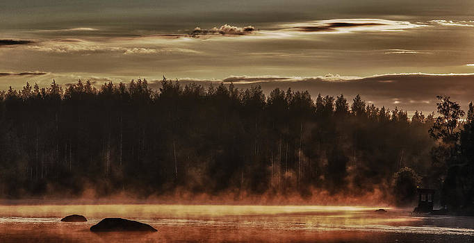 Steamer by Matti Ollikainen