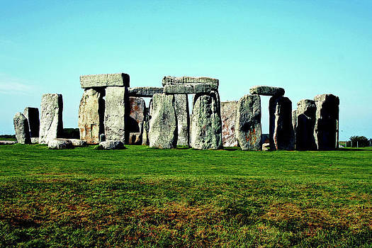 Stonehenge in Color by La Dolce Vita