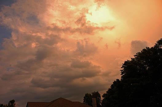 LeeAnn McLaneGoetz McLaneGoetzStudioLLCcom - Storm Pink Clouds above