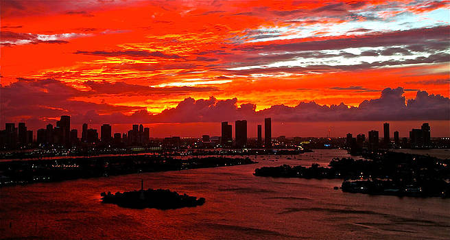 sun set red Miami 230 by Ronald  Bell
