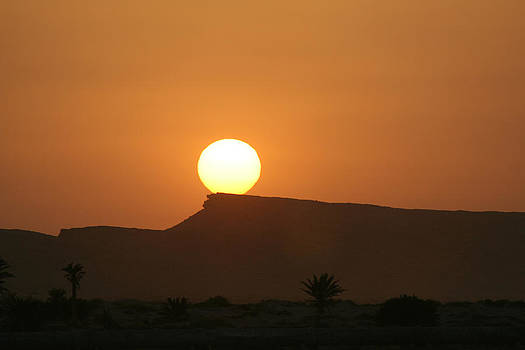Sunrise in tunisia by Simona  Mereu