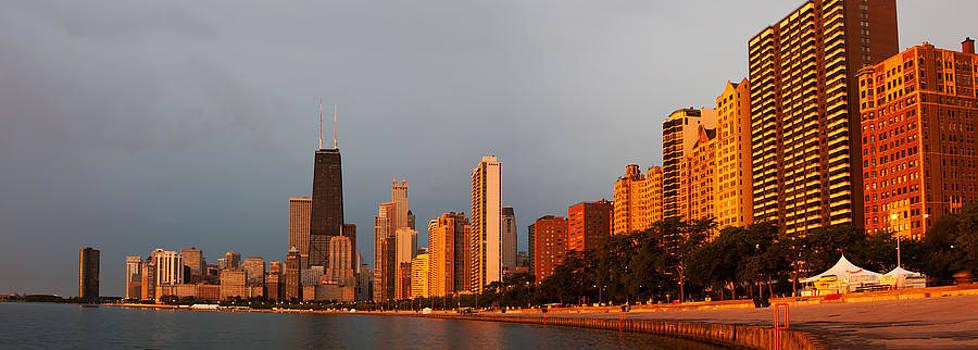 Adam Romanowicz - Sunrise over Chicago