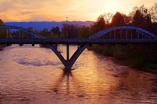 Mick Anderson - Sunset over Caveman Bridge