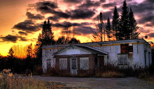 Emily Stauring - Sunset Over The Abandoned