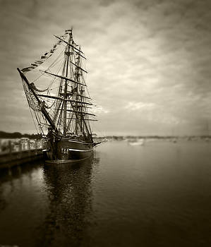 Tall Ship in Newport by Stephen EIS