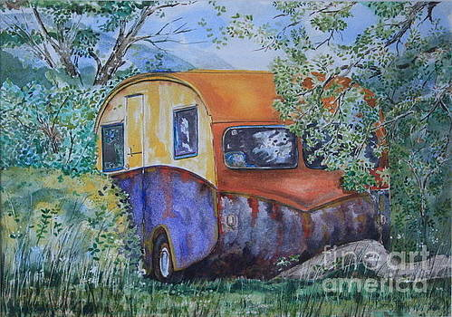 The Caravan by Phong Trinh