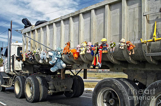 Kathleen K Parker - The Dump Truck That Cared - New Orleans after Katrina