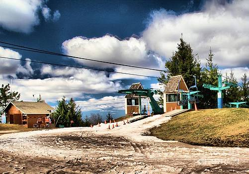 Adam Jewell - The Last Chair
