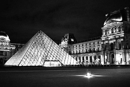 The Louvre Museum Black and White by Kelsey Horne