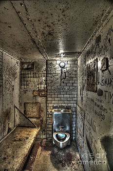 Dan Friend - The West Virginia State Penitentiary cell