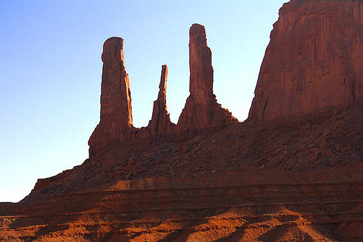 Mike McGlothlen - Three Sisters - Monument Valley