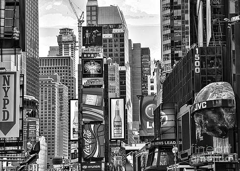Chuck Kuhn - Times Square BW