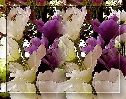 Today's Bouquet Fifteen by Lynn De Serres