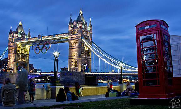 Tower Bridge by JP Aube