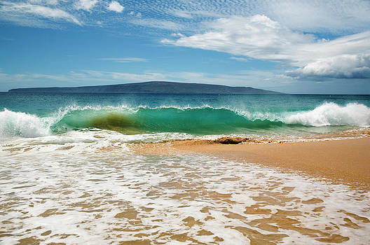 Charmian Vistaunet - Turquoise Wave at Makena Beach