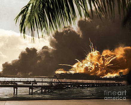 Photo Researchers - U S S Shaw Pearl Harbor December 7 1941