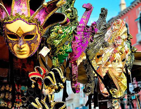 Venice Mask by Darwin Lopez