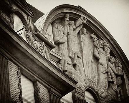 TONY GRIDER - Vintage Paris Building Facade